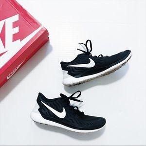 Nike - Free Run Shoes